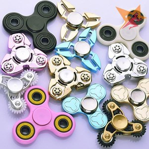 Con Quay Giảm Stress Hand Spinner 2017